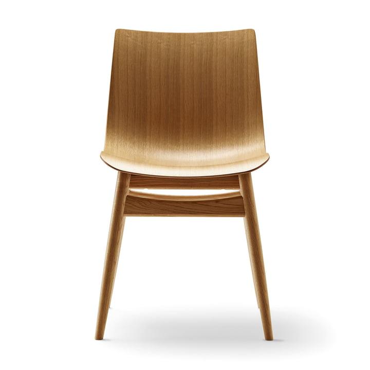 The Carl Hansen - BA001T Preludia Chair in lacquered oak