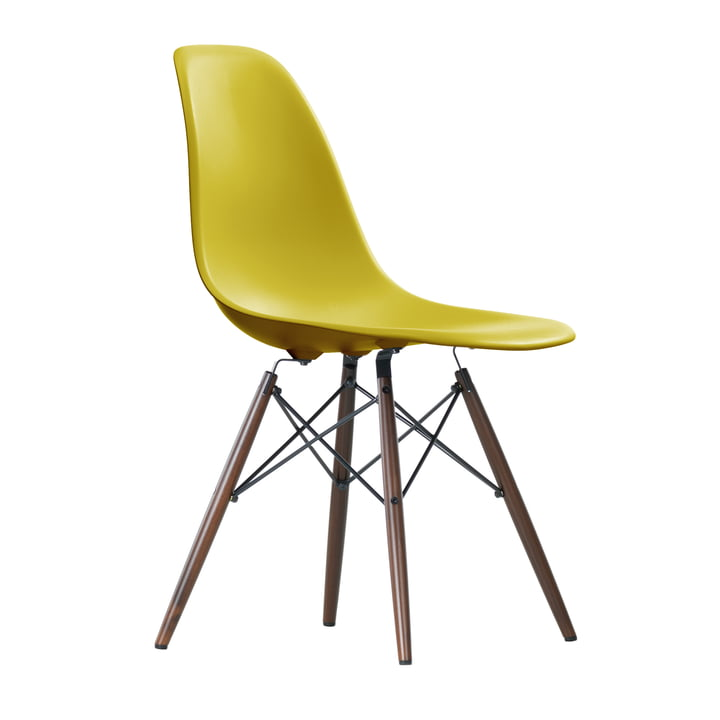 Vitra - Eames Plastic Side Chair DSW, dark maple / mustard
