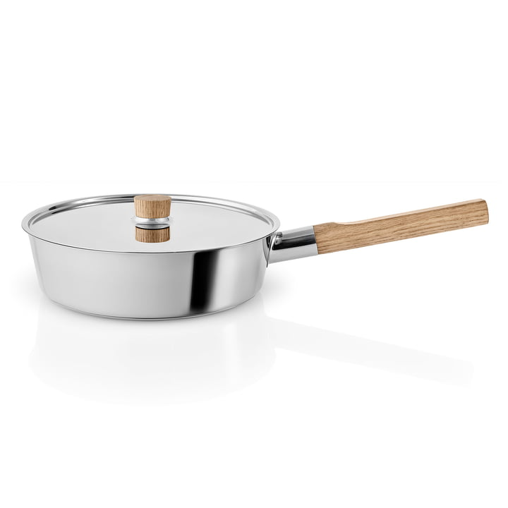 Nordic Kitchen sauté pan with lid Ø 24 cm by Eva Solo in stainless steel / oak