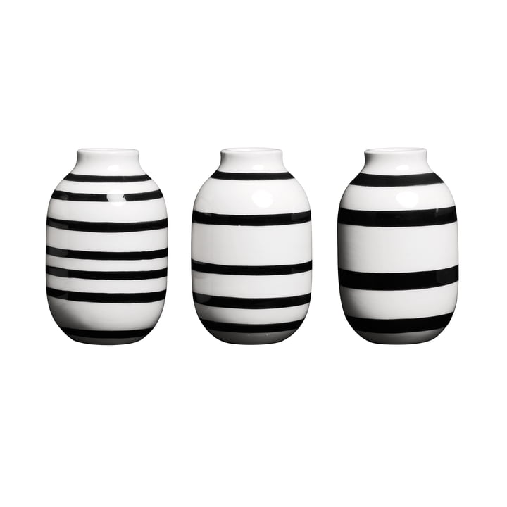 Omaggio Vase miniature H 8 cm, black (set of 3) by Kähler Design
