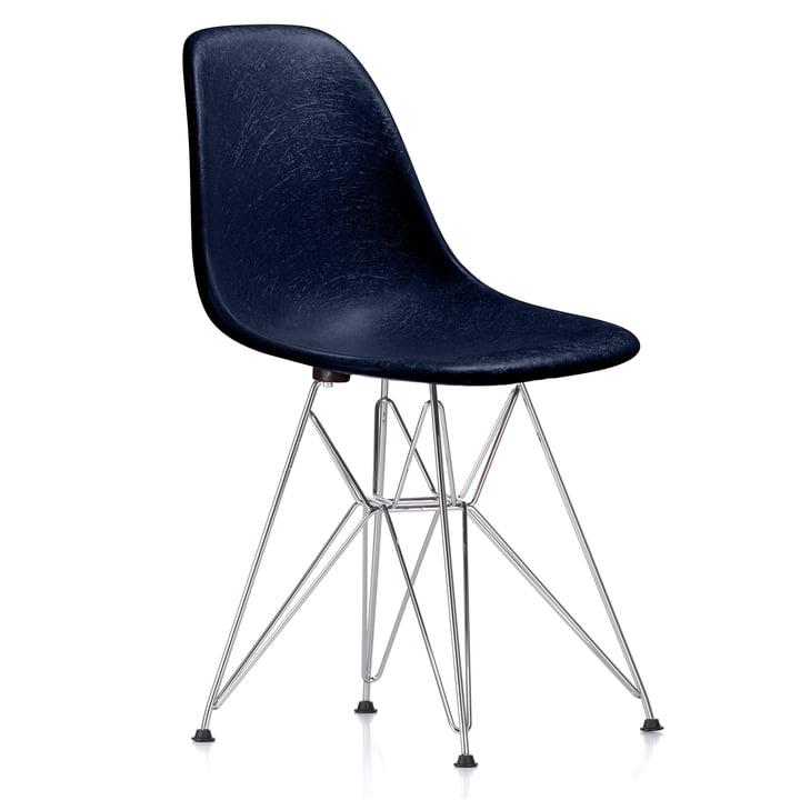 Eames Fiberglass Side Chair DSR by Vitra - chromed / Eames navy blue