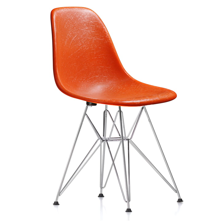Eames Fiberglass Side Chair DSR by Vitra - chrome plated / Eames red orange