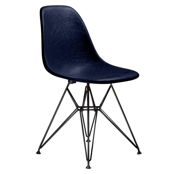 Eames Fiberglass Side Chair DSR from Vitra - basic dark / Eames navy blue