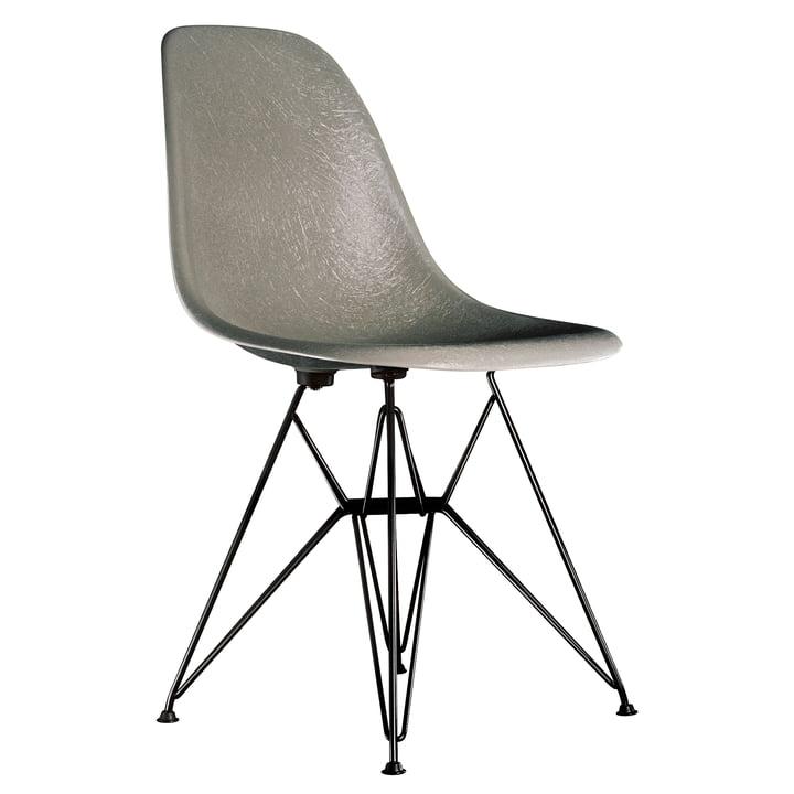 Eames Fiberglass Side Chair DSR from Vitra - basic dark / Eames raw umber