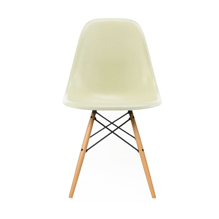Eames Fiberglass Side Chair DSW by Vitra - Maple yellowish / Eames parchment