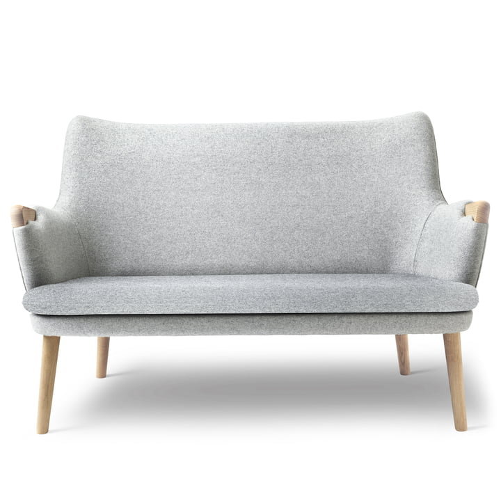 CH72 Sofa by Carl Hansen in oak oiled / grey (Hallingdal 116)