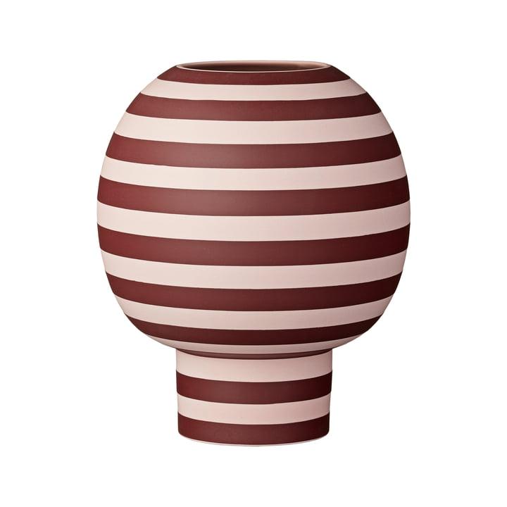 Varia Sculptural Vase, Ø 18 x H 21 cm in rose / bordeaux from AYTM