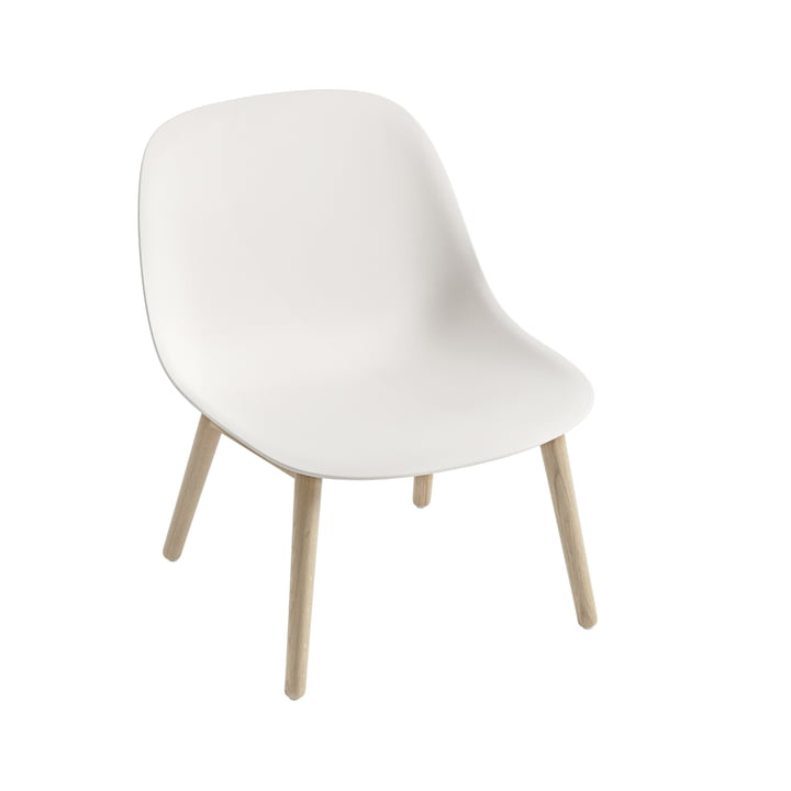 Fiber Lounge Chair Wood Base in oak / white from Muuto