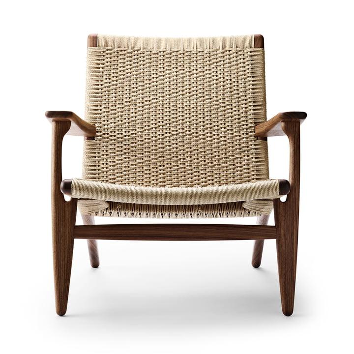 CH25 armchair by Carl Hansen in walnut oiled / nature