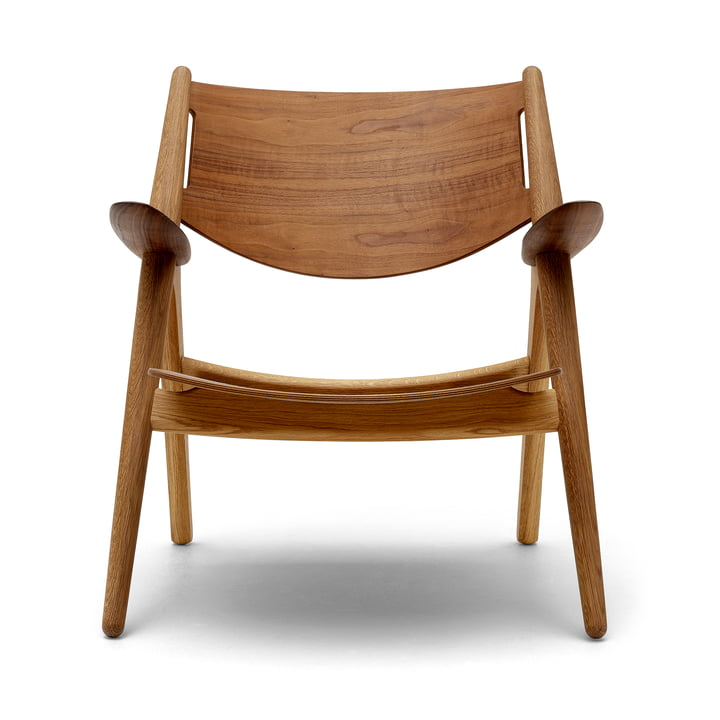 CH28T Lounge chair from Carl Hansen oiled in oak