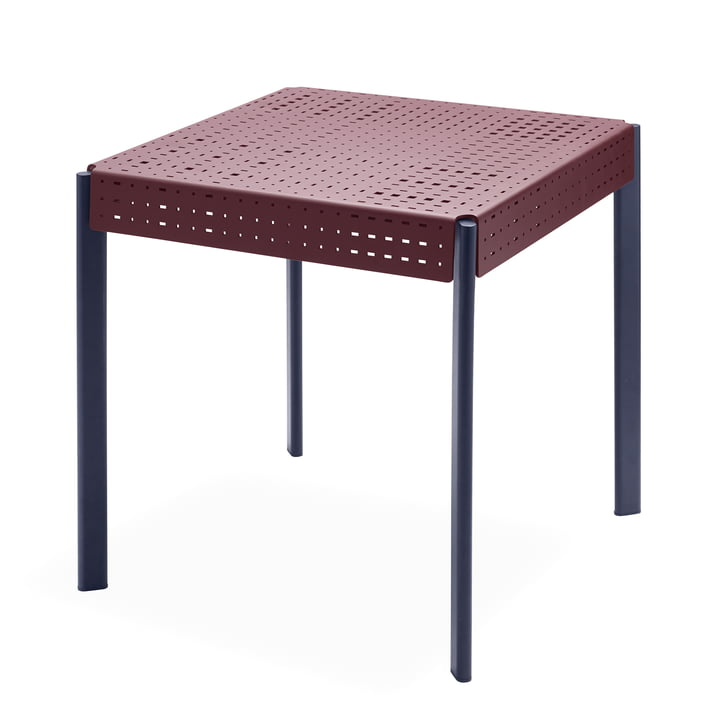 Gerda table 74,5 x 74,5 cm from Skagerak in dark red / dark blue