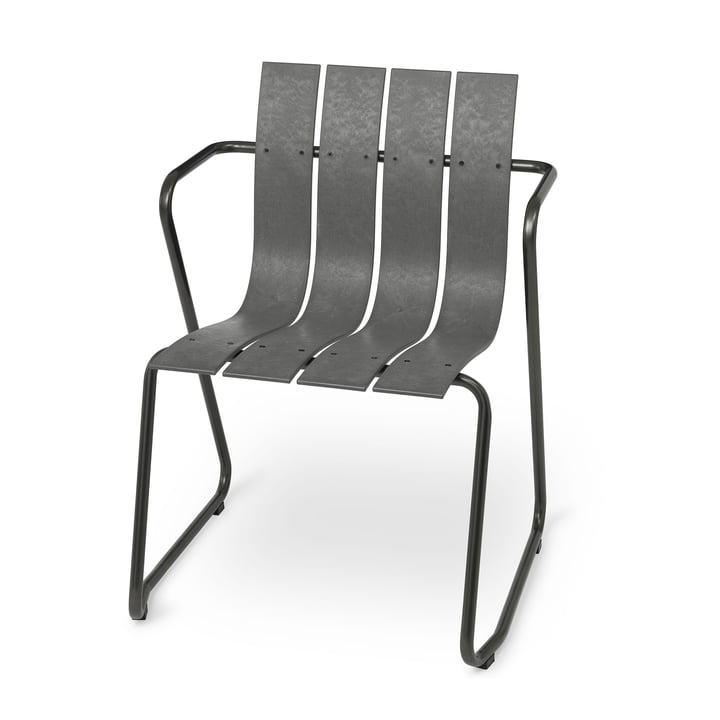 Ocean chair from Mater in concrete green