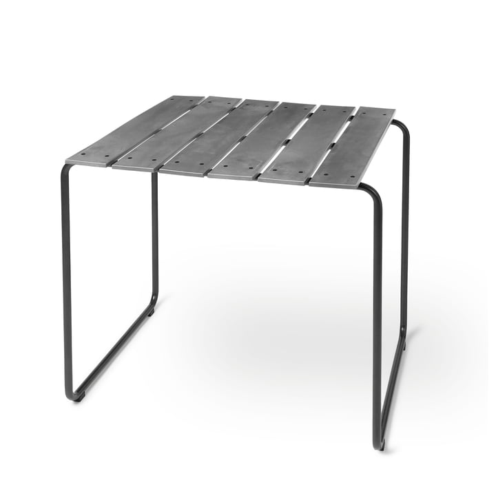 Ocean table 70 x 70 cm of Mater in concrete green
