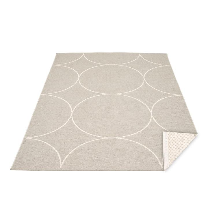 Boo reversible carpet, 180 x 275 cm in linen / vanilla by Pappelina