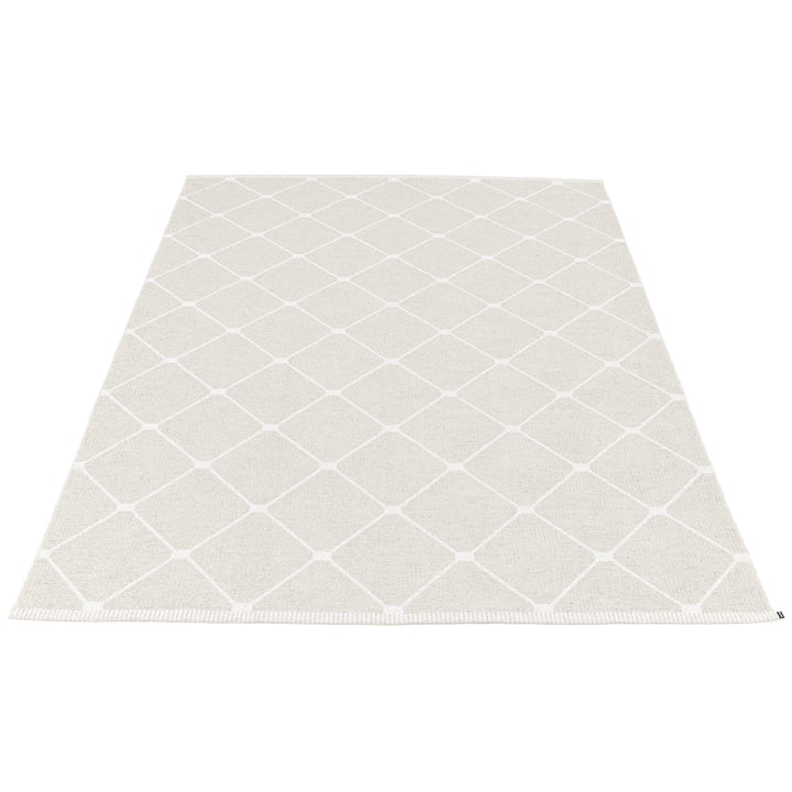 Regina reversible carpet, 180 x 275 cm in fossil grey by Pappelina