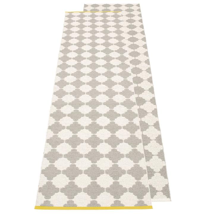 Marre reversible carpet, 70 x 225 cm in warm grey / vanilla by Pappelina