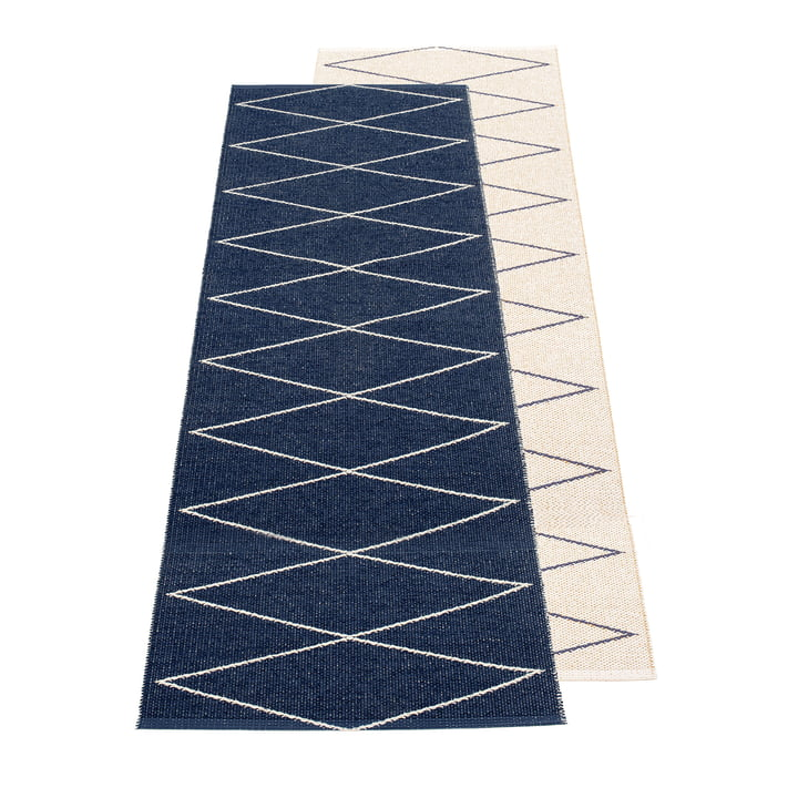 Max reversible carpet, 70 x 240 cm, dark blue / vanilla by Pappelina