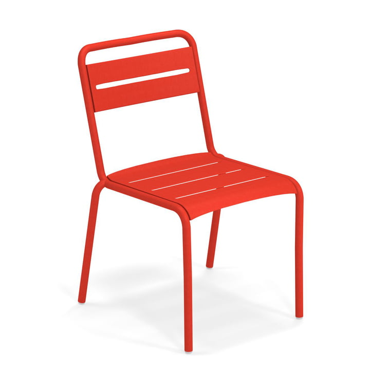 Star chair in scarlet by Emu