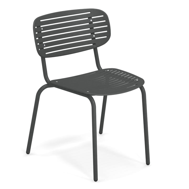 Mom chair in antique iron by Emu