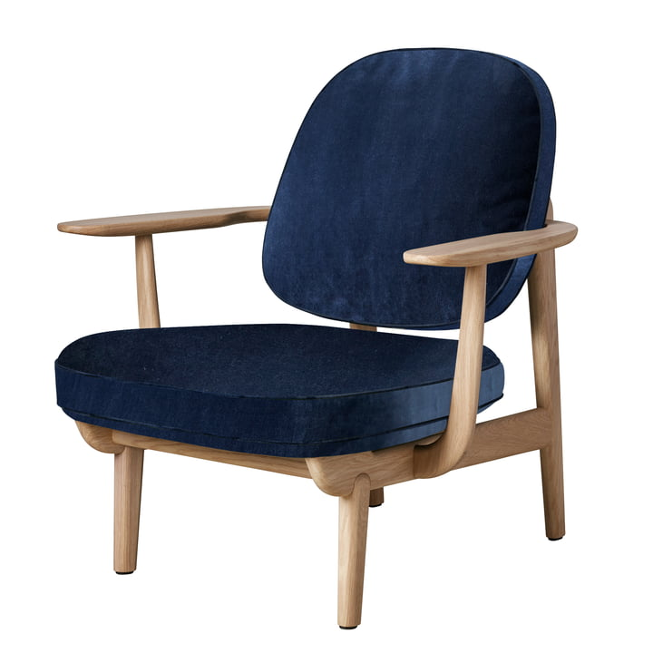 Lounge Chair JH97 by Fritz Hansen in oak clear lacquered / velvet dark blue (Harald 3 / 0812)
