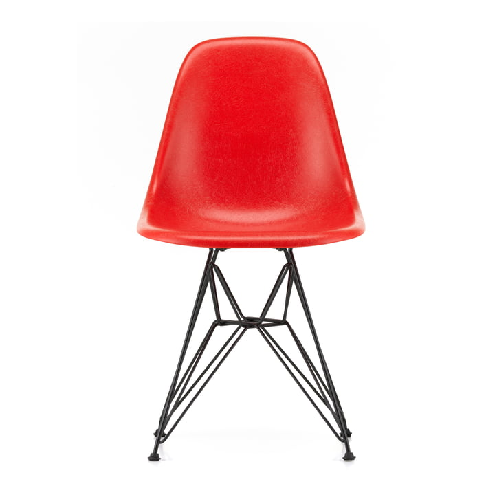 Eames Fiberglass Side Chair DSR from Vitra in basic dark / Eames classic red