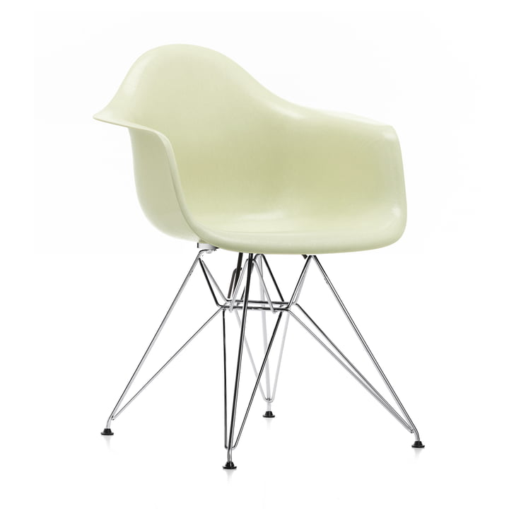 Eames Fiberglass Armchair DAR by Vitra in chromed / Eames parchment