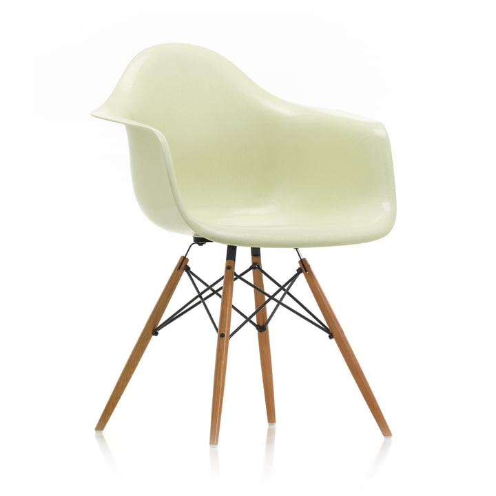 Eames Fiberglass Armchair DAW from Vitra in ash honey / Eames parchment