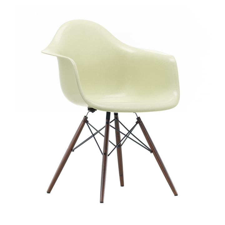 Eames Fiberglass Armchair DAW from Vitra in dark maple / Eames parchment