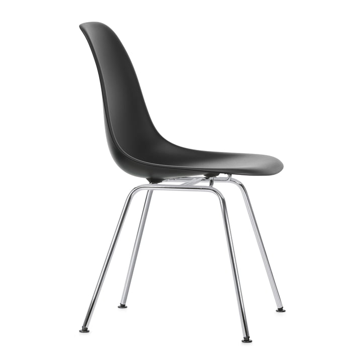 Eames Plastic Side Chair DSX by Vitra in chrome-plated / deep black
