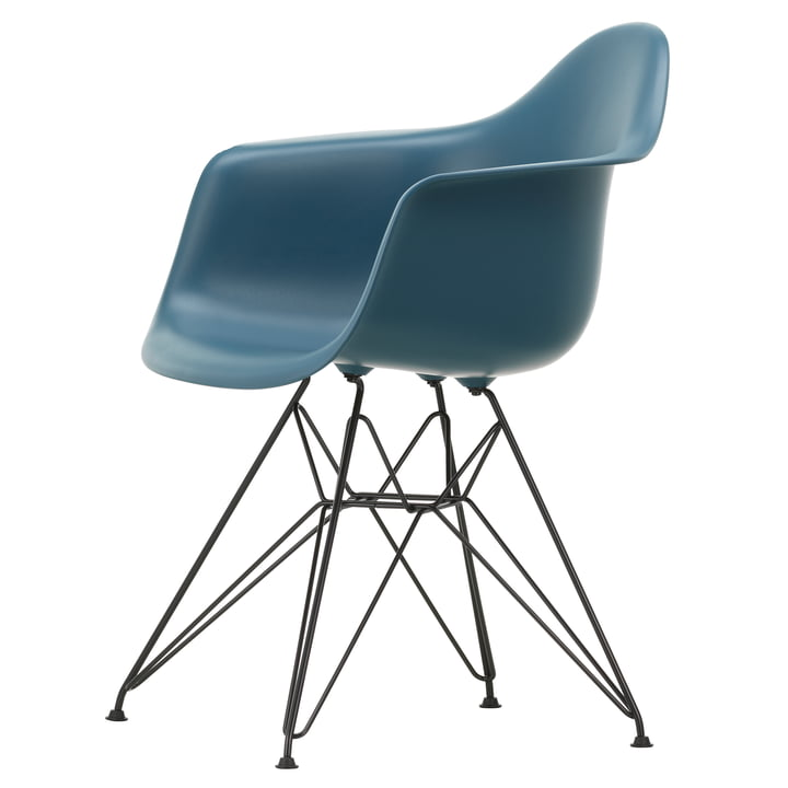 Eames Plastic Armchair DAR from Vitra in basic dark / sea blue