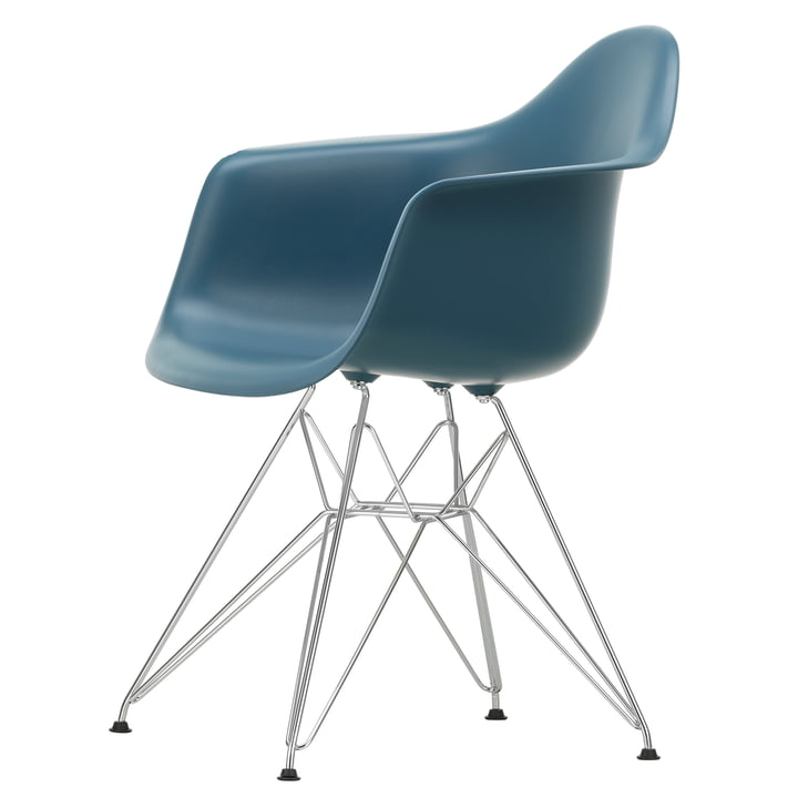 Eames Plastic Armchair DAR by Vitra in chromed / sea blue