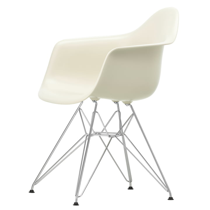 Eames Plastic Armchair DAR by Vitra in chrome / pebble