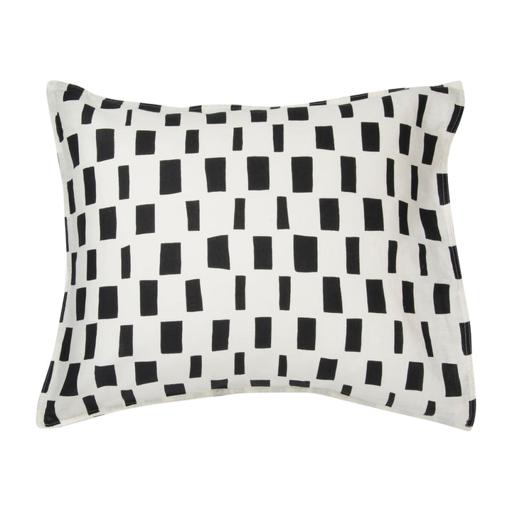 Iso Noppa pillowcase from Marimekko in off-white / black