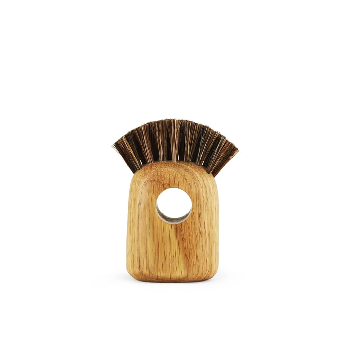 Nift brush small in oak by Normann Copenhagen