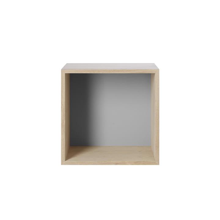 Stacked Shelf module 2. 0, medium / oak, back panel in light grey from Muuto