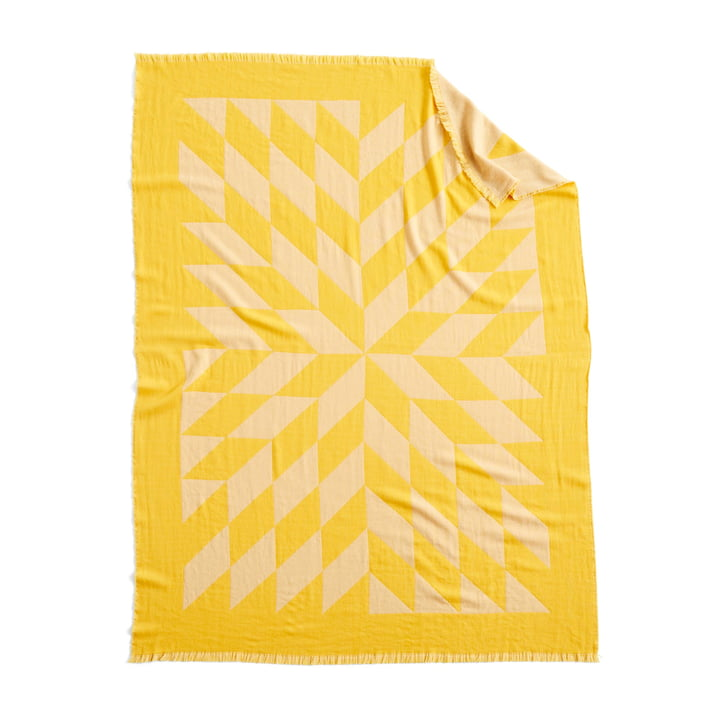 Star rug, 180 x 130 cm in yellow by Hay
