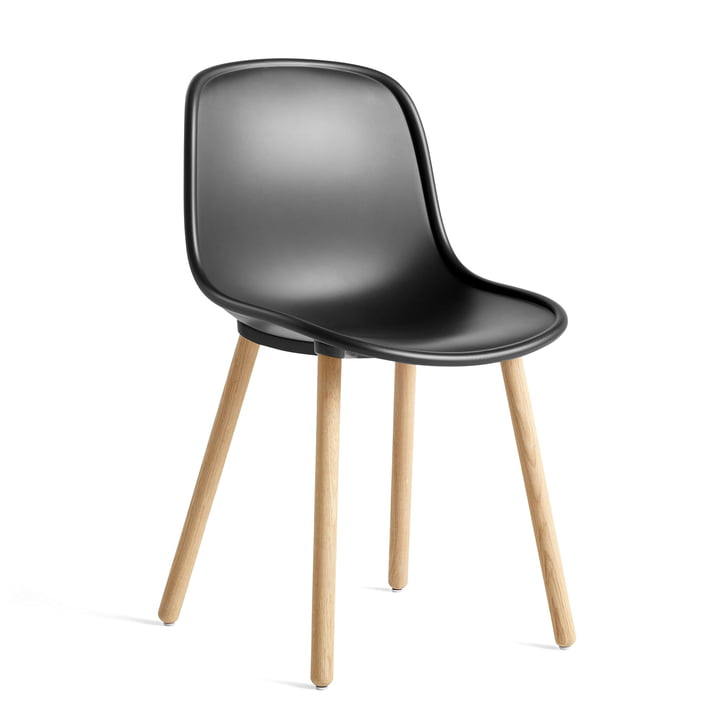 New 12 Chair, oak matt lacquered / soft black by Hay