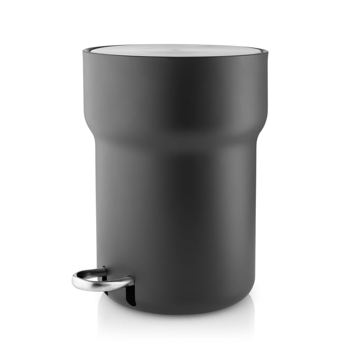 Pedal bin 5 l by Eva Solo in black