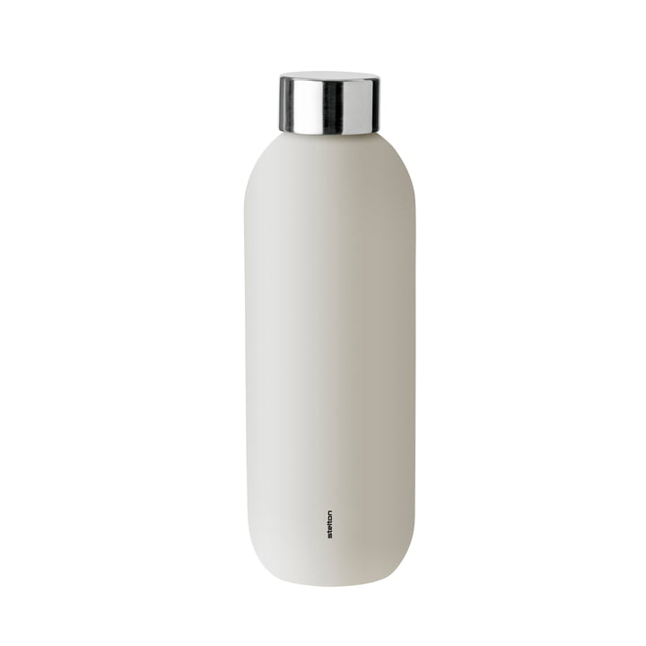 Keep Cool water bottle 0,6 l from Stelton in sand