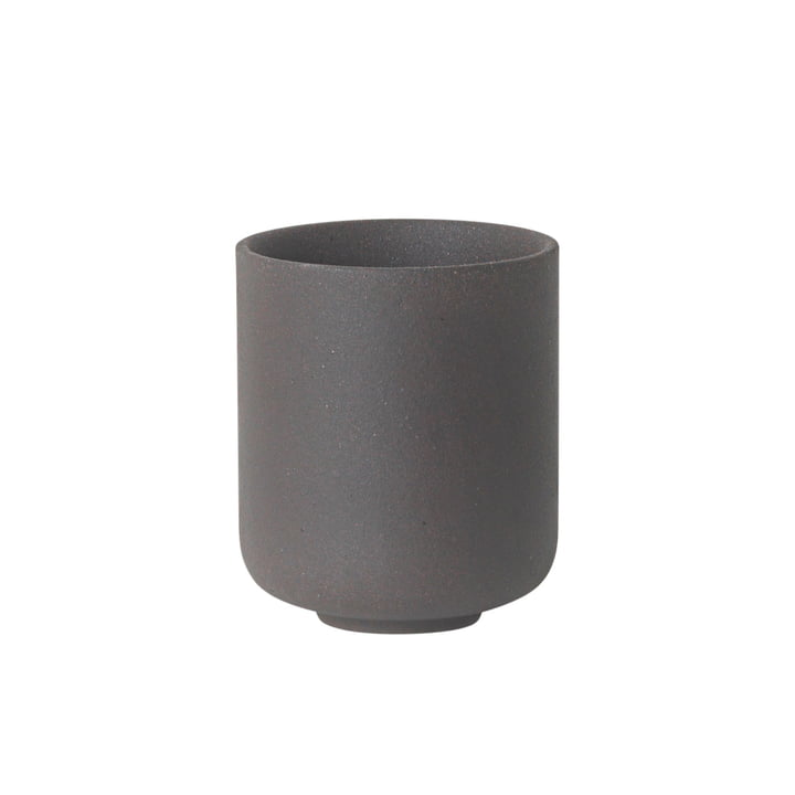 Sekki mug, small / charcoal by ferm Living