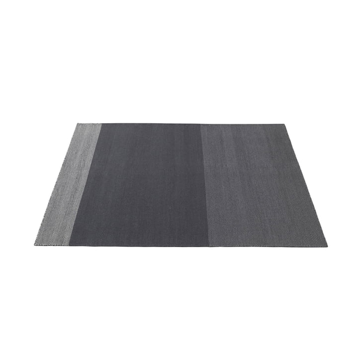 Varjo Carpet 170 x 240 cm from Muuto in dark grey