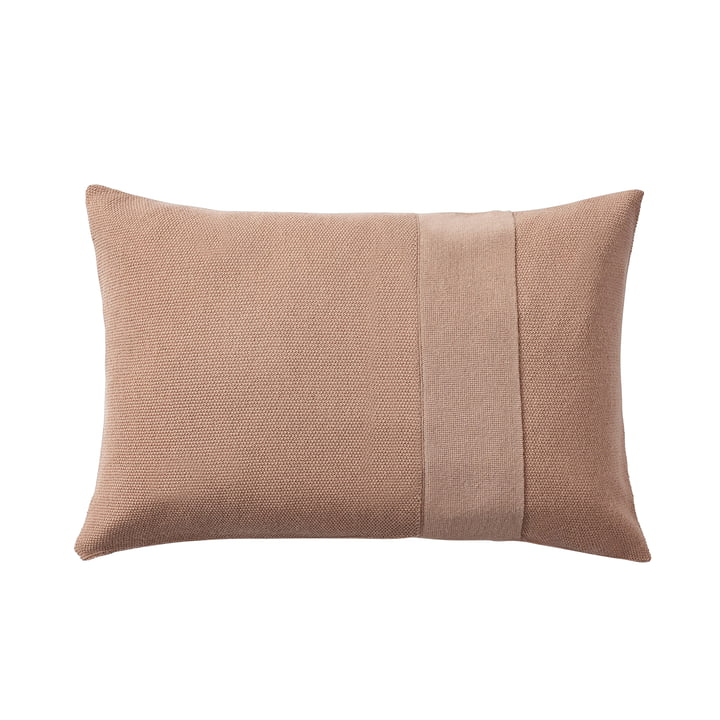 Layer cushion 40 x 60 cm from Muuto in dusty rose