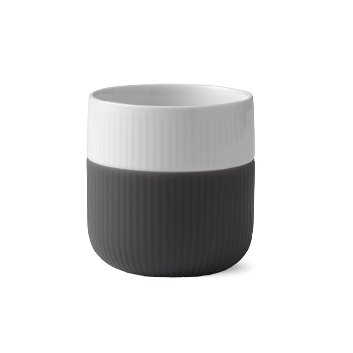 Fluted Contrast cup ribbed 33 cl from Royal Copenhagen in anthracite