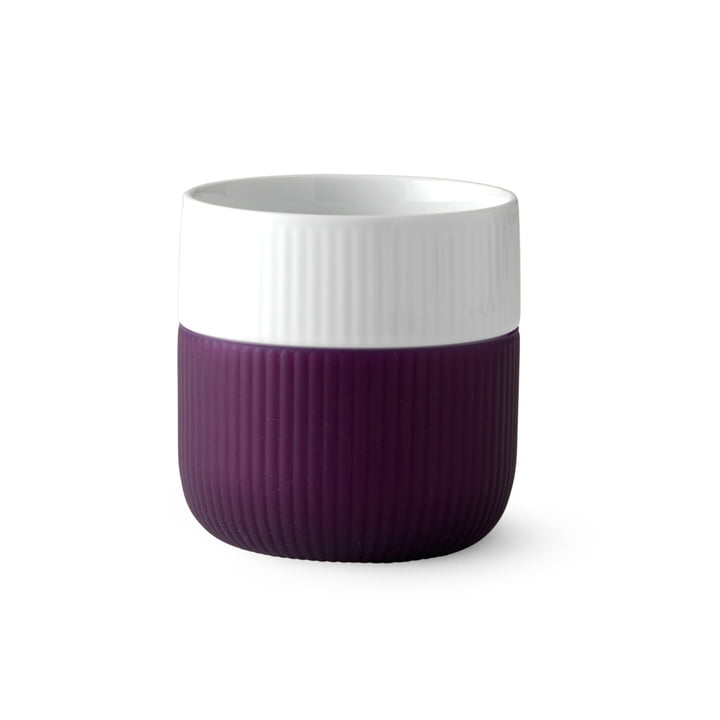 Fluted Contrast cup ribbed 33 cl from Royal Copenhagen in aubergine