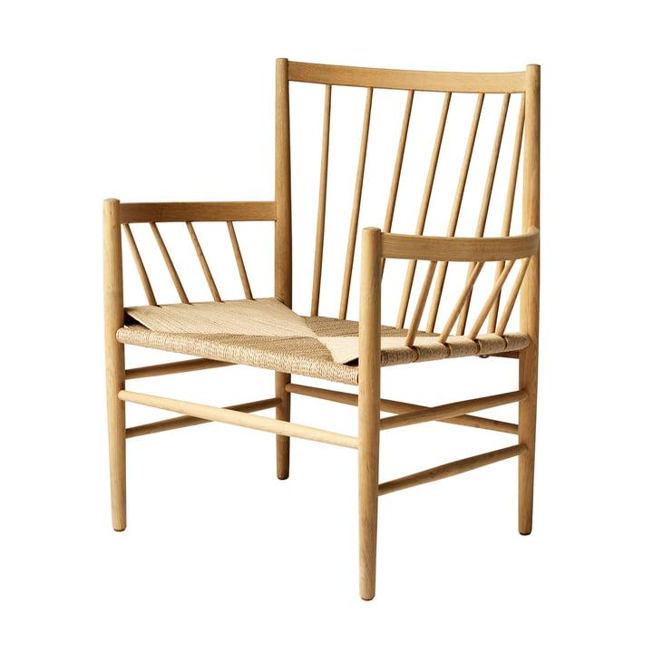 J82 Lounge chair, oak matt lacquered / natural weave by FDB Møbler