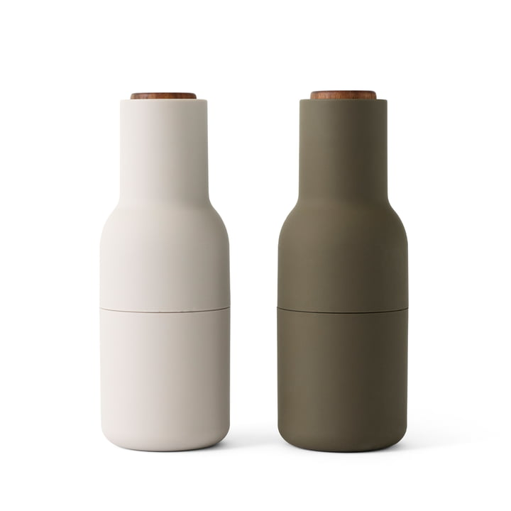 Bottle Salt and pepper mill set from Menu in hunting green / beige (wooden lid)