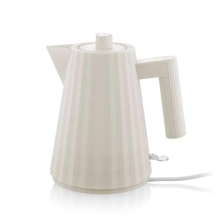 Plissé kettle 1 l from Alessi in white