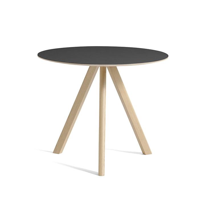 Copenhague CPH20 table Ø 90 cm by Hay in clear lacquered oak / black linoleum