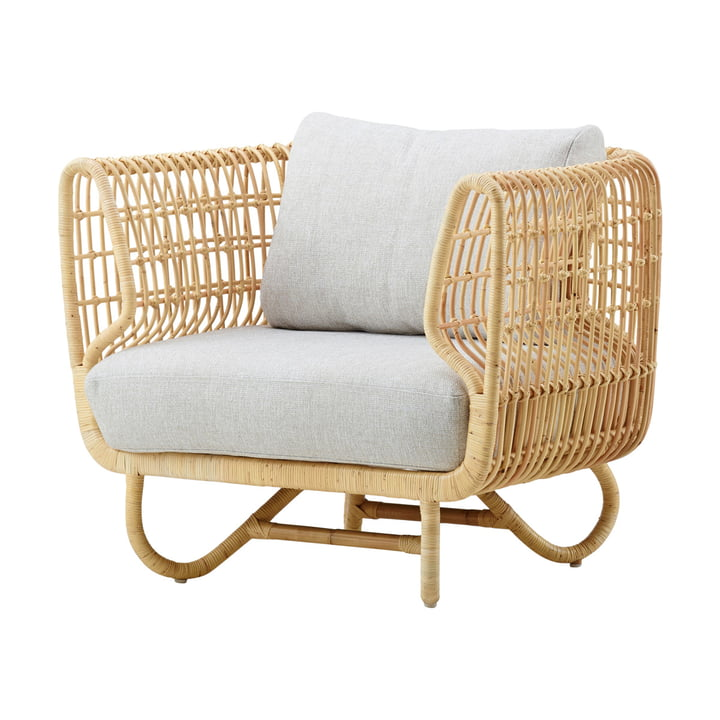 Nest lounge chair indoor, natural / natté light gray by Cane-line