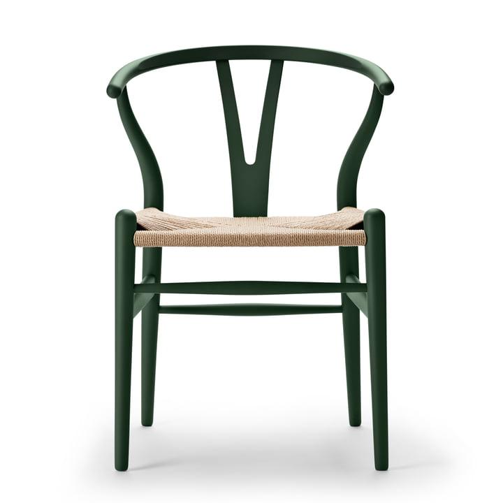 CH24 Wishbone Chair from Carl Hansen in soft green / natural braid